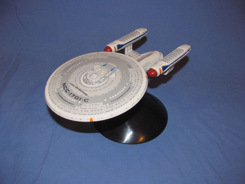 1/2500 Star Trek USS Enterprise C $10