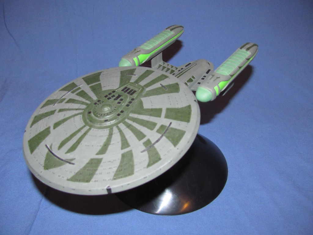1/2500 Star Trek USS Enterprise C Custom $5