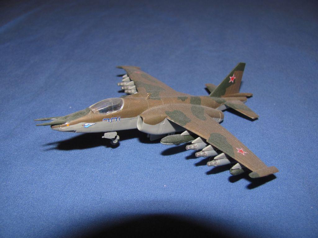 1/144 Russian Su-25 $3
