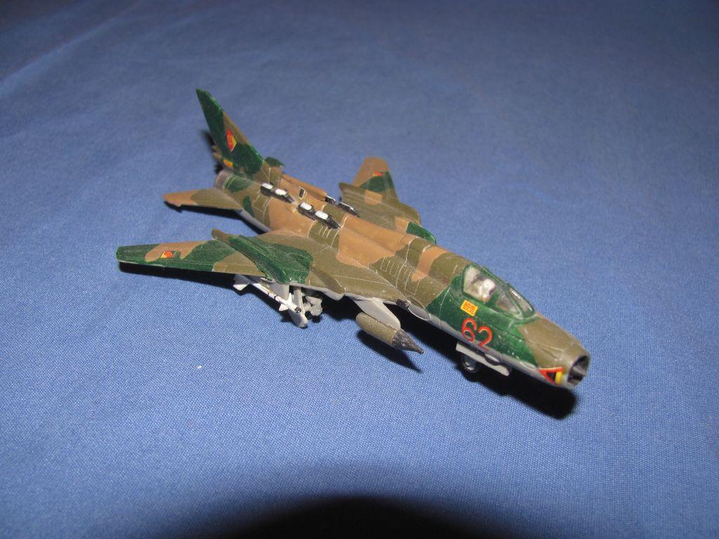 1/144 Russian SU-22 $3