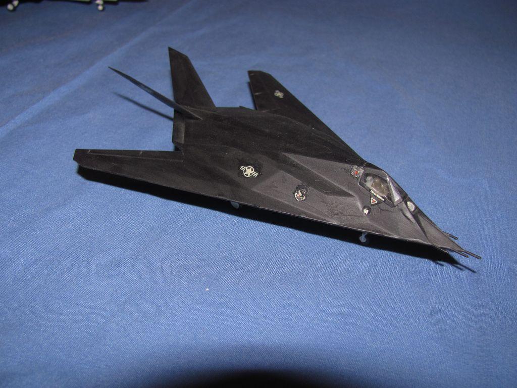 1/144 F-117 $4